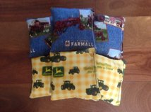 CORNHOLE Bags 4 Farmall IH/ 4 John Deere Corn Filled 15.8-16oz. in Oswego, Illinois