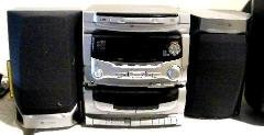 White Westinghouse wx-101 3cd player in Fort Knox, Kentucky