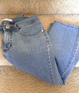 (Sz 6) LEE Capri Jeans, Ladies in Baytown, Texas
